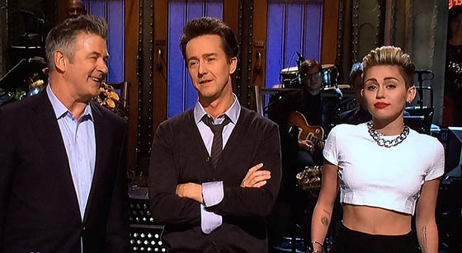 Edward Norton hosts 'Saturday Night Live': How did he do? 47631