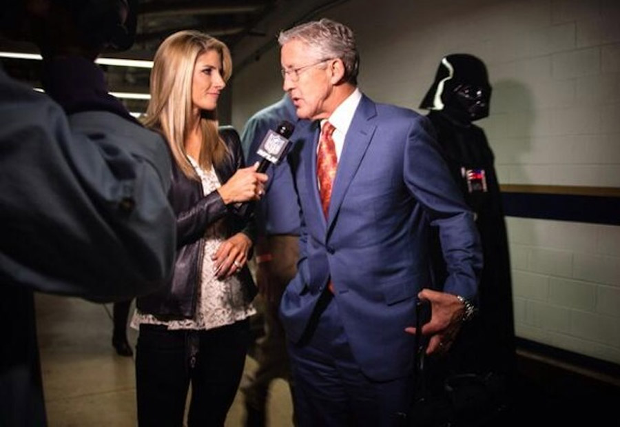 Seahawks' Pete Carroll photobombed by Darth Vader 47660