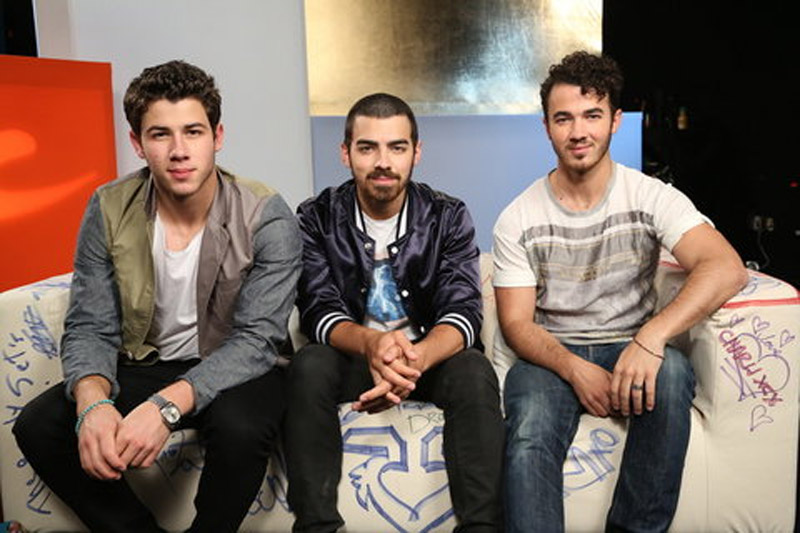 Life to Go On, But Jonas Brothers Call It Quits 47694