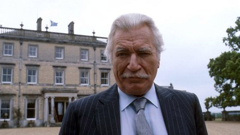 Actor Nigel Davenport dies at 85 47731