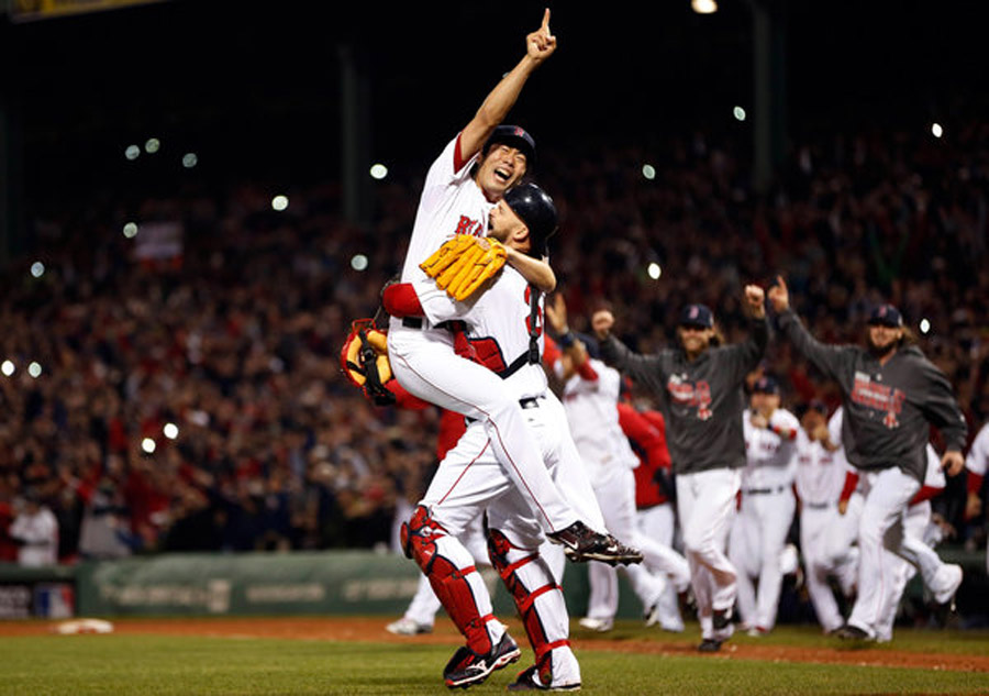 Red Sox Rout Cardinals to Win World Series 47753