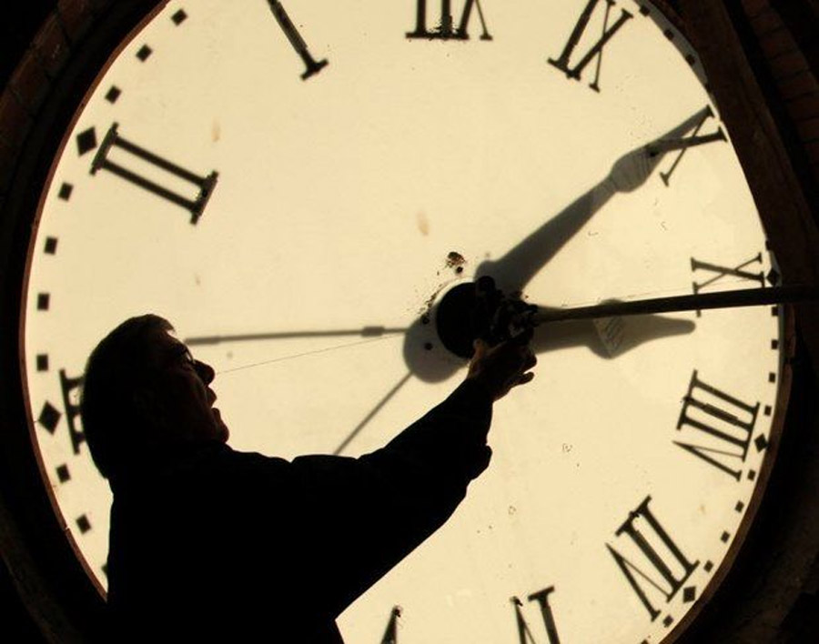 Daylight Saving Time 2013: Don't forget to set your clocks back tonight 47868