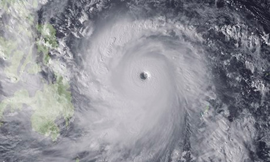 Philippines: thousands evacuated as Typhoon Haiyan strikes 47927