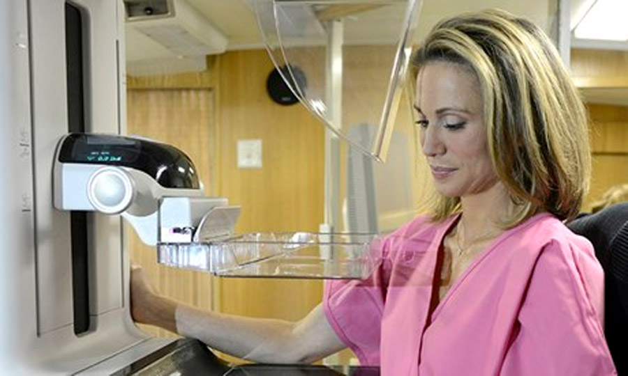 ABC's Amy Robach reveals cancer diagnosis after on-air mammogram 47939