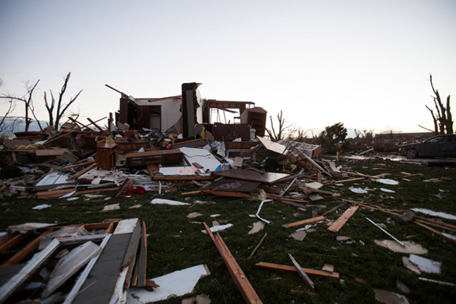 Starting over at age 75′ after tornado hits Washington, Ill. 48041