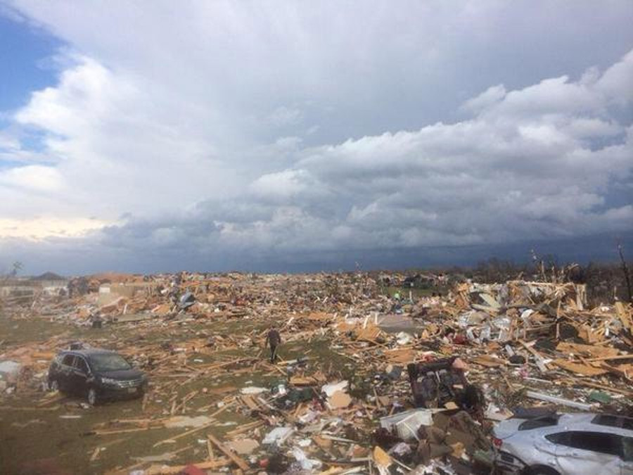 Tornado destroys homes in Illinois; NFL game halted in Soldier Field 48043