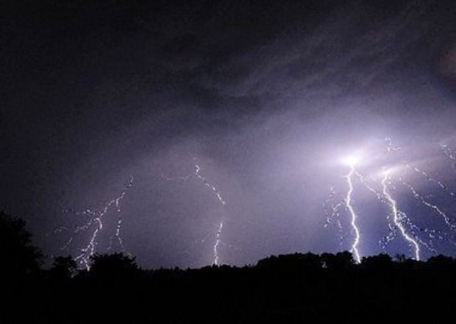 National Weather Service issues severe thunderstorm warning for Jackson County 48068