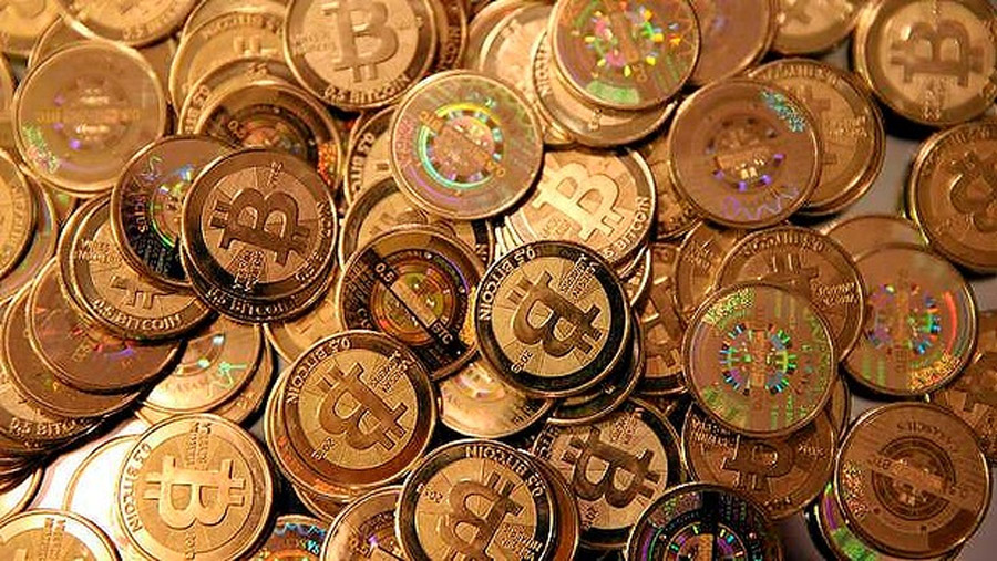 Bitcoin trumps Twitter in bubble stakes 48087