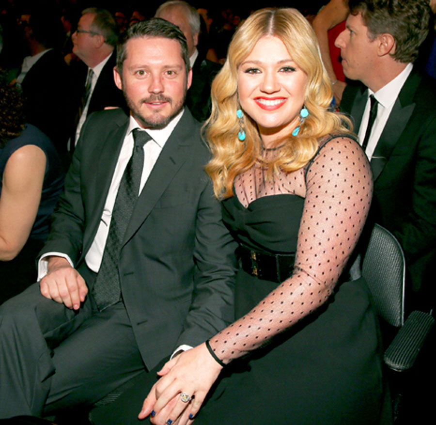 "Kelly Clarkson Pregnant, Says She's ""Totally Gonna Have a Girl"" 48218"