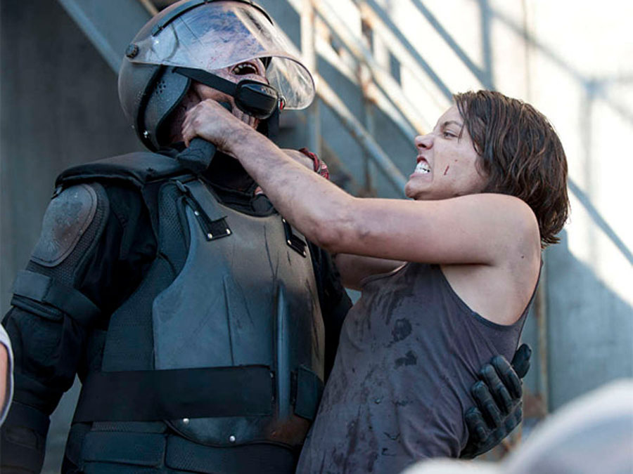 Lauren Cohan of 'Walking Dead' sticks it to zombies 48550