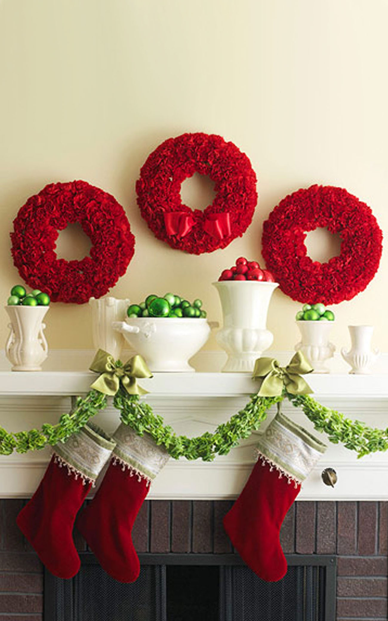 garlands decorate the fireplace 48651