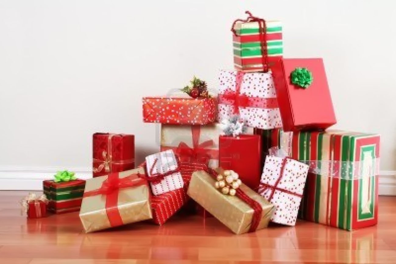 preparing Christmas gifts for little fun 48665