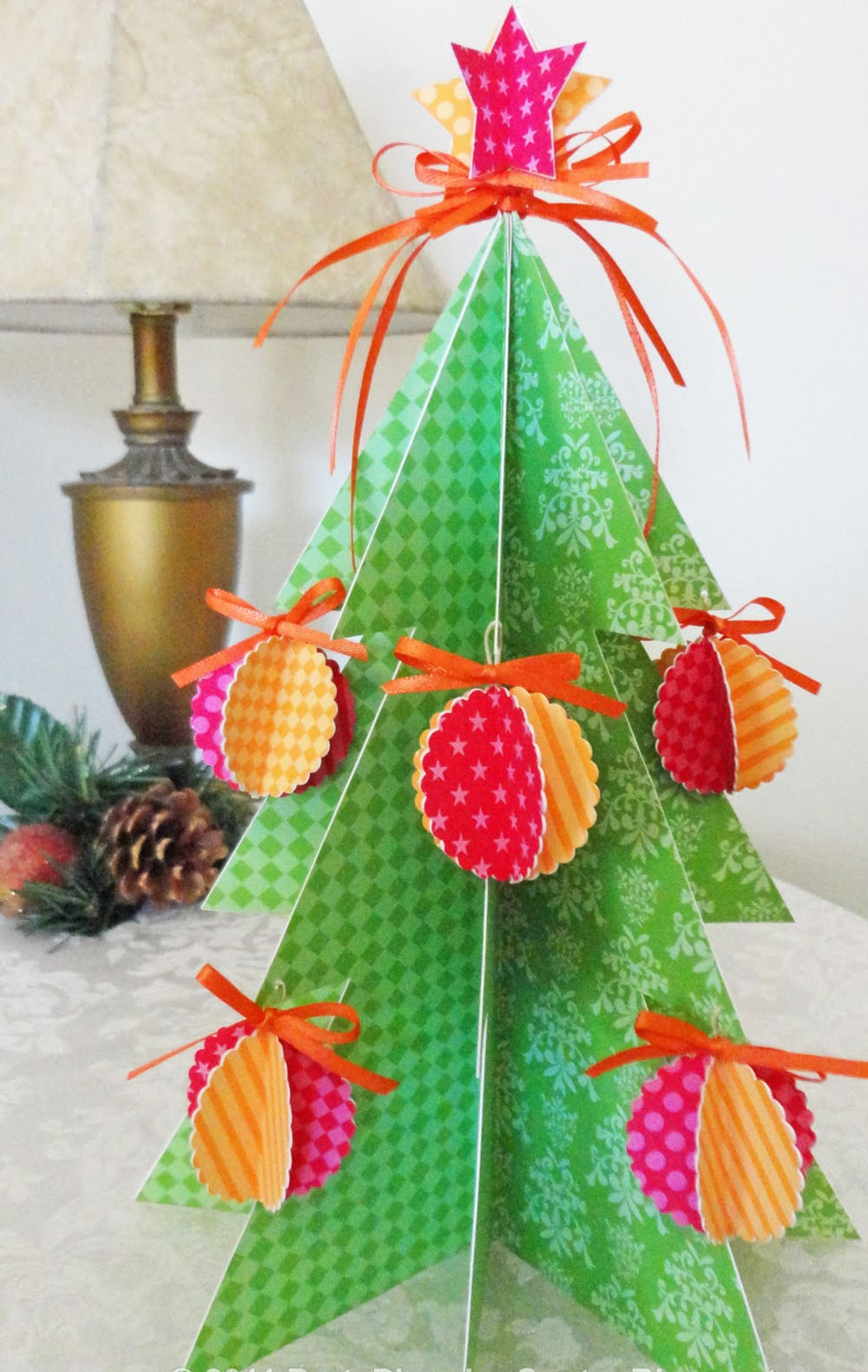 Christmas tree made from paper so pretty 48682