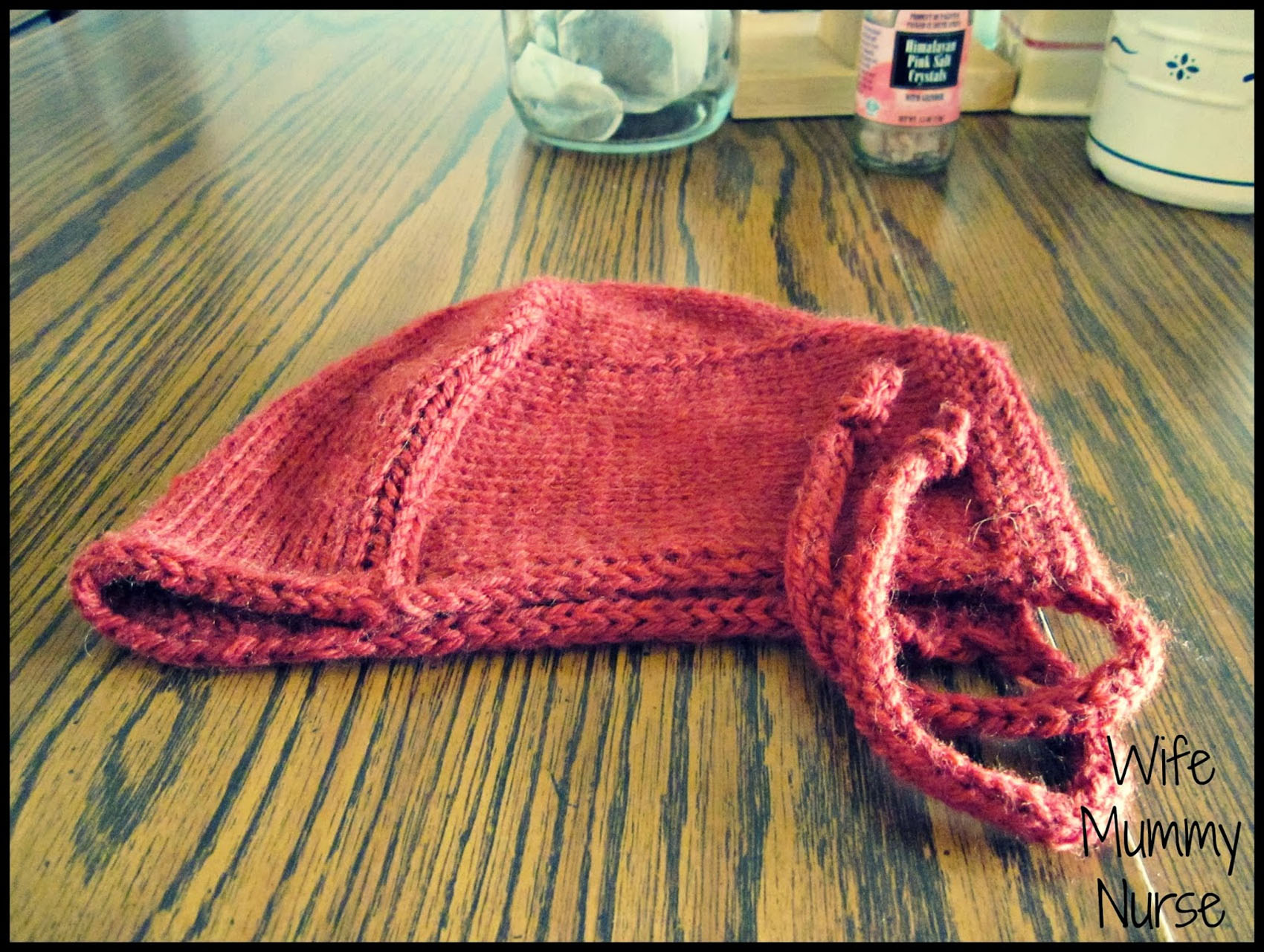 I knit a hat for the pilot of my sister. 48769