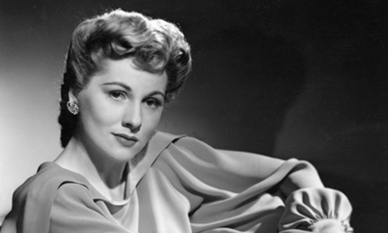 Joan Fontaine, Oscar-winning actor, dies at 96 48810