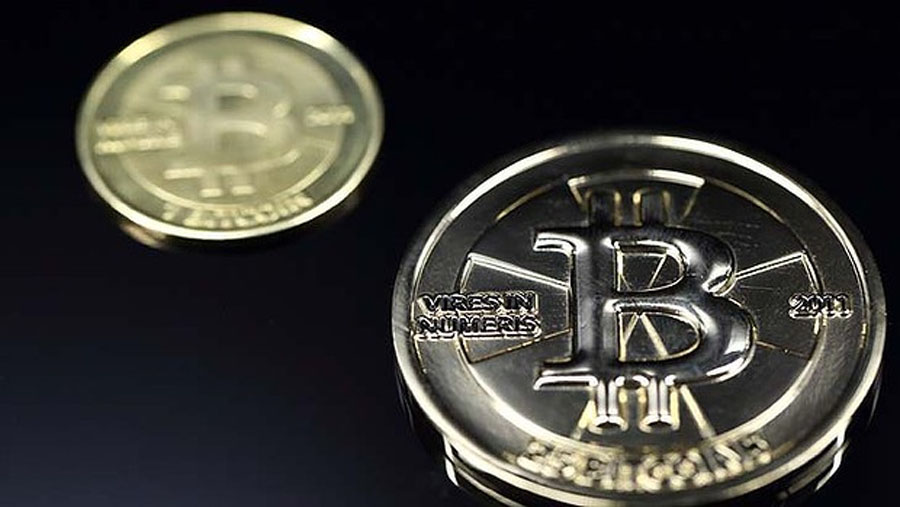 Bitcoin price crashes by nearly 50 per cent in China 48872