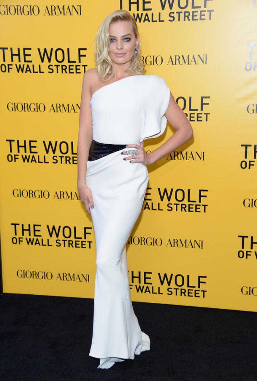 Margot Robbie Shines At 'The Wolf Of Wall Street' Premiere 48943
