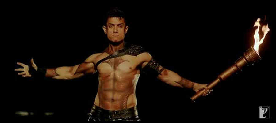 Aamir Khan's Dhoom:3 opens with a bang! 48955
