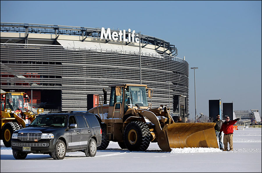 Officials ready up for winter-weather Super Bowl 48967