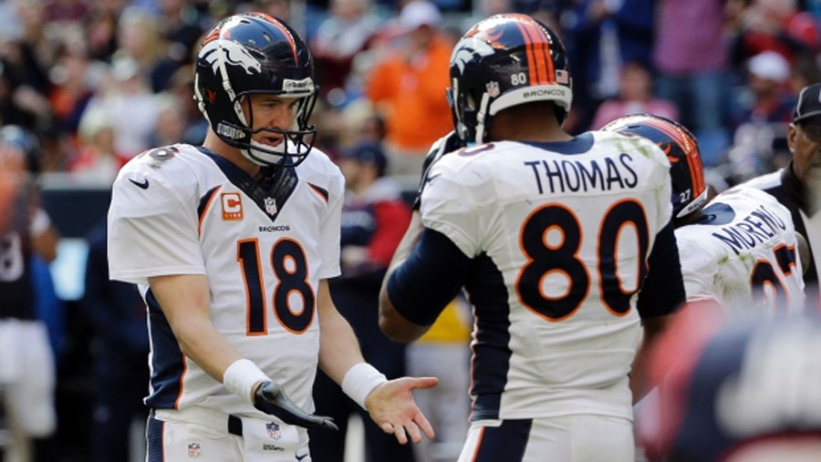 Peyton Manning sets NFL touchdown passes record with 51 48996