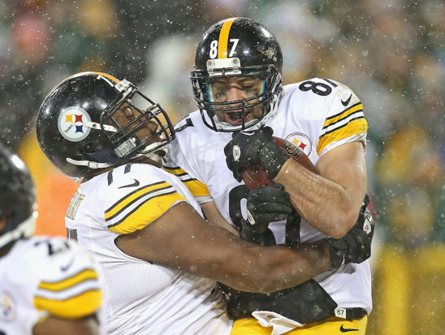 Last-minute touchdown lifts Pittsburgh Steelers over Green Bay Packers 49006