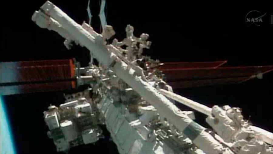 International Space Station astronauts plan Christmas Eve spacewalk 49096