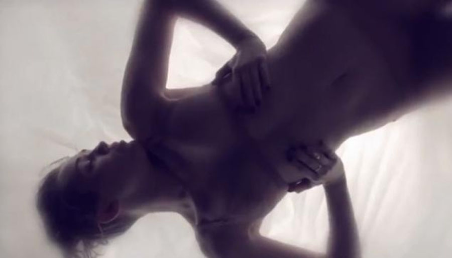 Miley Cyrus' 'Adore You' video leaks a day early — and 'Bangerz' singer doesn't seem too happy 49158