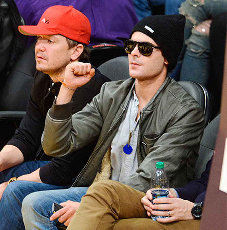 Zac Efron Shows Off 6 Months Sobriety Chip From AA Post-Rehab at a Basketball Game 49264