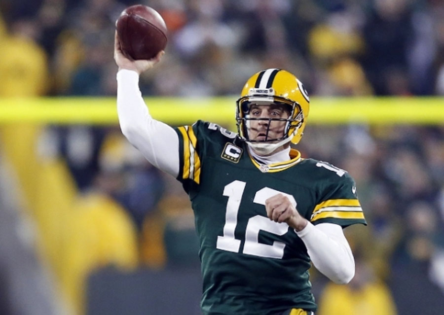 Aaron Rodgers Gay? Packers Quarterback Romantically Linked To Athletic Trainer? 49297