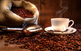Coffee and coffee beans close-up 16842