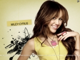 Miley Cyrus long hairstyle 32734