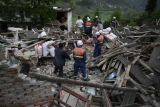 Magnitude 7 Earthquake Hits China's Sichuan Province 34961