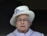 The Queen At Newbury Races 36273