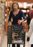 Emily Van Camp Shops at Gelson's 38442