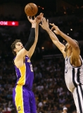 Los Angeles Lakers v San Antonio Spurs  38587