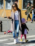 Sarah Jessica Parker Takes Her Twins to School 38684