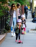 Sarah Jessica Parker Takes Her Twins to School 38722