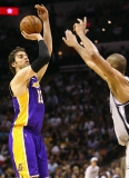 Los Angeles Lakers v San Antonio Spurs  38753