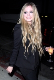 Avril Lavigne Likes a Little Wine with Her Big Cheese 39941