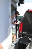 Liam Hemsworth Runs Errands in Beverly Hills 43069