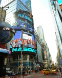 Viacom Rings the Stock Market Opening Bell  43585