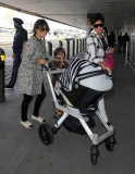 The Kardashians Prepare to Leave London 43930