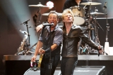 Bruce Springsteen, the Rolling Stones, Paul McCartney and Eric Clapton - an increase of $ 50 million for the victims of Hurricane Sandy 44263