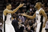 Hot shooting leads Spurs past Heat in Game 3 44508