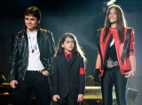Michael Jackson's Kids, Four Years After Dad's Death: How Are Prince, Paris and Blanket? 44634