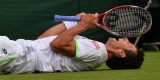 Many Slips, but Federer Takes the Biggest Fall 44712