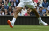 Wimbledon bans Roger Federer's shoes 44713