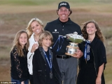 Phil Mickelson has claimed he had taken a 'big step' towards his lifetime ambition of becoming an Open champion. 45195