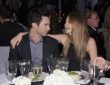 Adam Levine Reunites With Girlfriend in Big Way: They're Getting Hitched! 45205