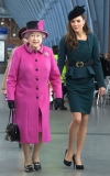 Kate Middleton in Labor: Queen Elizabeth II Returns to Buckingham Palace 45376
